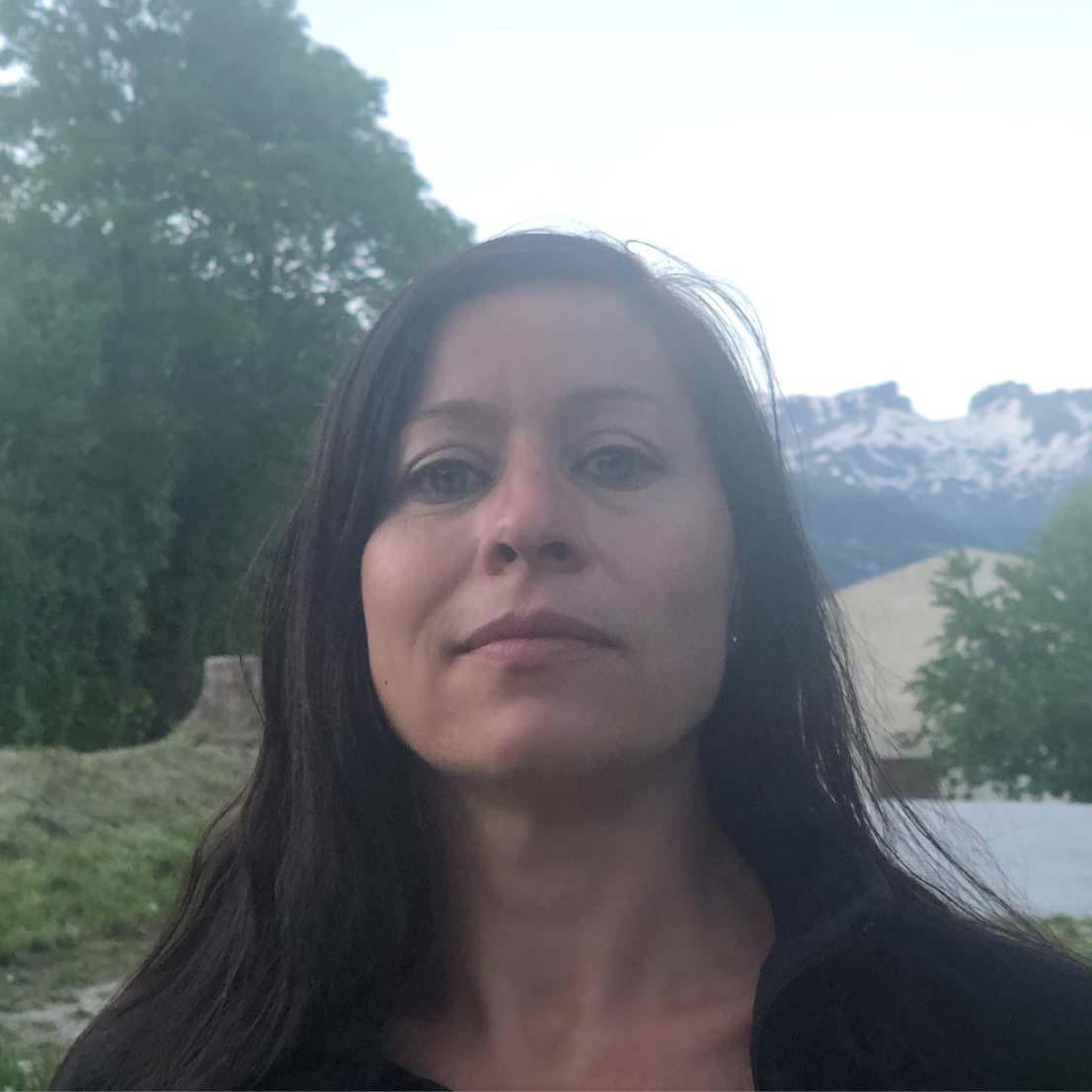 Traduction, Valais, traductrice Sophie Pellier tradictions allemand, français, allemand, Crans-Montana